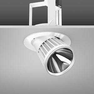 Einbaustrahler LED/27W-3100K D180, H213, breit, 2400 lm
