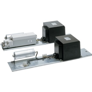 10161/2000HI 8,8 k, Montageeinheit für Masteinbau, ohne Kabelübergangskasten, für 1 Hochdrucklampe HI 2000W, Anschlussspannung 400V, Farbwiedergabestufe 2, kompensiert