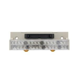 XW2D-20G6, Klemmblock mit Schrauben M3, für CN1 Steuersignale