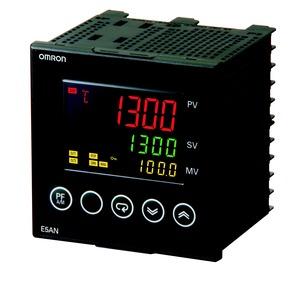 E5AN-Q3MT-500-N 100-240 VAC, Universalregler (Basismodell), 1/4 DIN, Regelausgang 1 Spannungsschaltend, 3 Zusatzausgänge Relais, Thermoelement & Pt100-Eingang, 100…240V AC