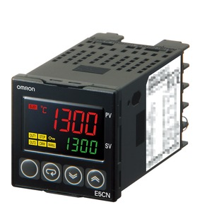 E5CN-C2MTD-500 24VAC/DC, Universalregler (Basismodell), 1/16 DIN, stetiger 0/4...20 mA-Ausgang, 2 Zusatzausgänge Relais, Thermoelement & Pt100-Eingang, 24V AC/DC