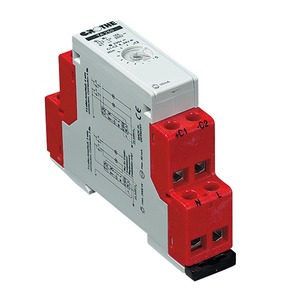 TA 220d, Treppenlicht-Zeitschalter, 230 VAC / 8-230V AC-DC