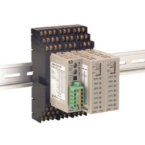 E5ZN-SCT18S-500, Intelligenter Sockel für E5ZN, für alle zusätzlichen Baugruppen im Block ist ein Slave erforderlich