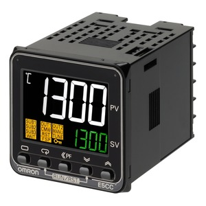 E5CC-QQ3A5M-000, Universalregler, 1/16 DIN, Regelausgang 1+2 12V DC spannungsschaltend, 3 Zusatzausgänge Relais, Universal-Eingang, 100…240V AC
