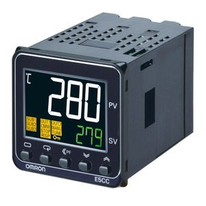 E5CC-QX2ABM-002, Temperaturregler, 1/16DIN (48 x 48mm), 12VDC Pulsausgang, 2 Hilfsausgänge, Universaleingang, 1x Heizungsbruch-Erkennung, RS485, 100-240VAC