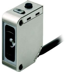 E3ZM-V81 2M, Optischer Sensor, Markenleser, weiße LED, Metallgehäuse, IP69K, 12mm, 50µs, PNP-Ausgang
